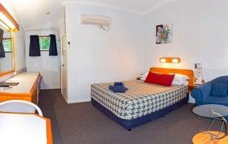 Rest Point Motor Inn Deluxe Room