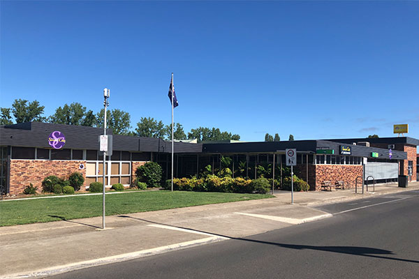 Glen Innes & District Services Club