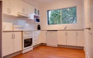 Sapphire Cottage kitchen